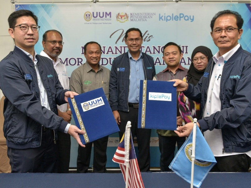MOU signing between UUM and kiplePay has taken place in UUM, Kedah.